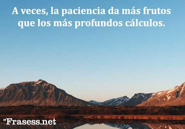 Frases de tranquilidad - La vida es un viaje y, si te enamoras del viaje, estarás enamorado para siempre.